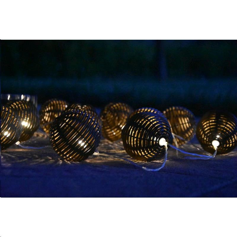 SHARKS 10 LED solární osvětlení - rattan koule